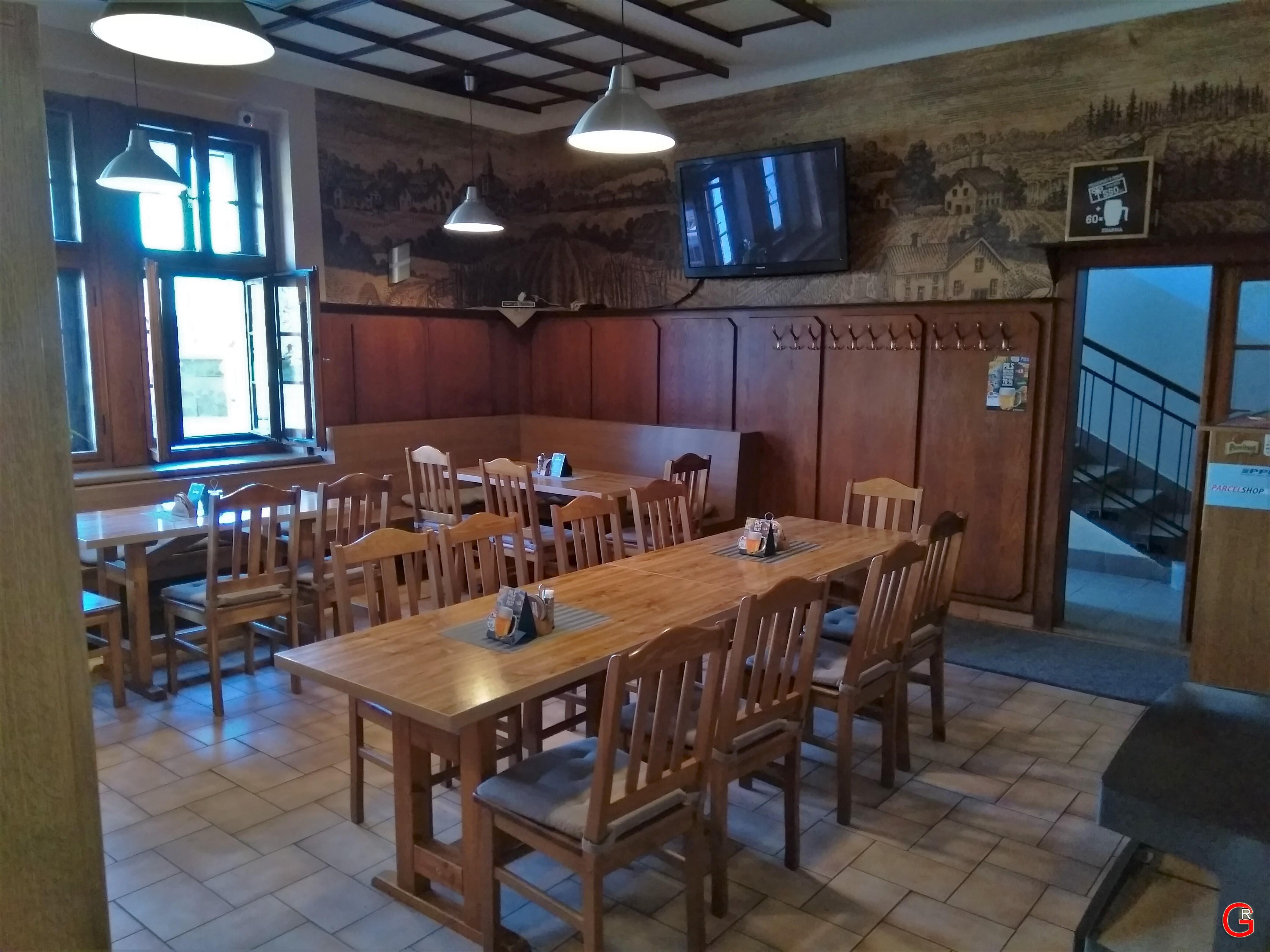 Restaurace u Sokola, interiér 2